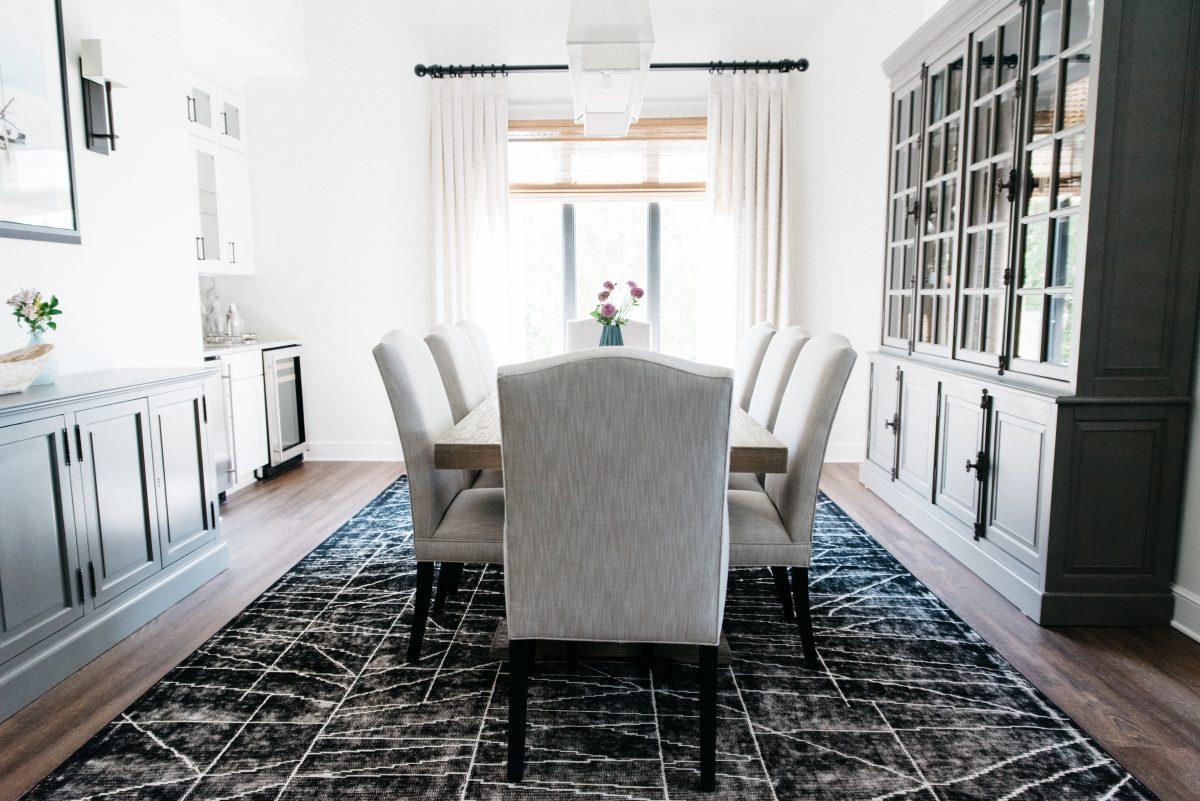 Elegant Dining Room Interior Designer Near Me
